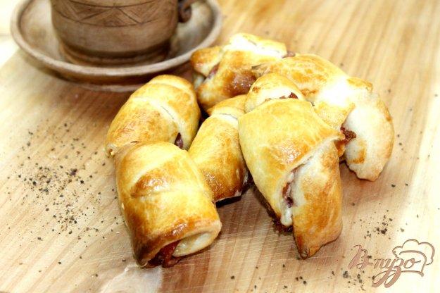 фото рецепта: Рогалики с ветчиной и сыром