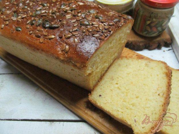 фото рецепта: Тыквенный хлеб с семечками подсолнуха и тыквы