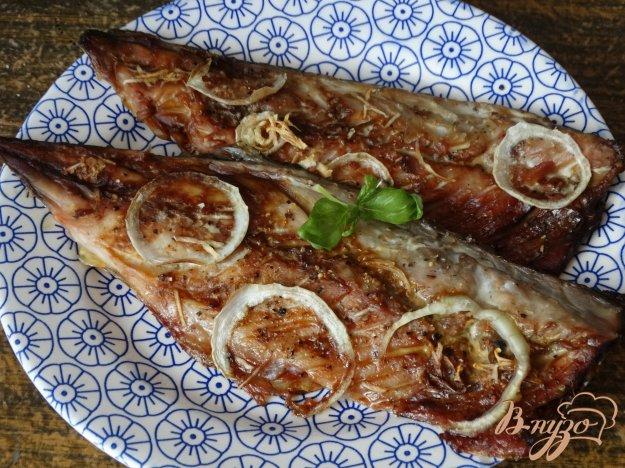 фото рецепта: Скумбрия в соусе терияки с чесноком