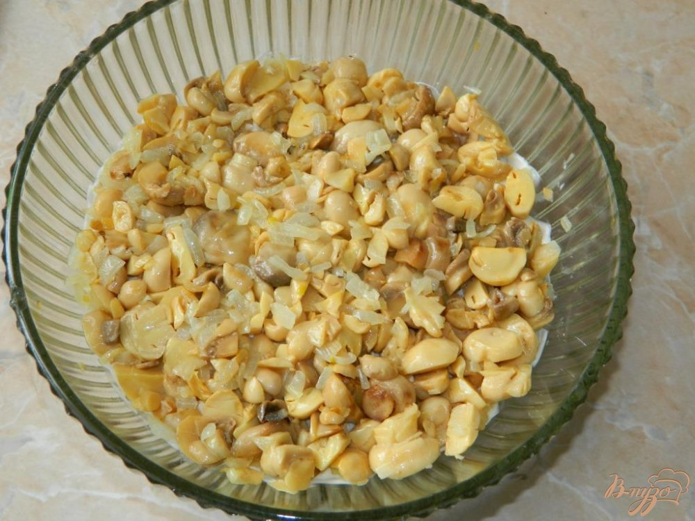 Рецепт салата с курицей и шампиньонами