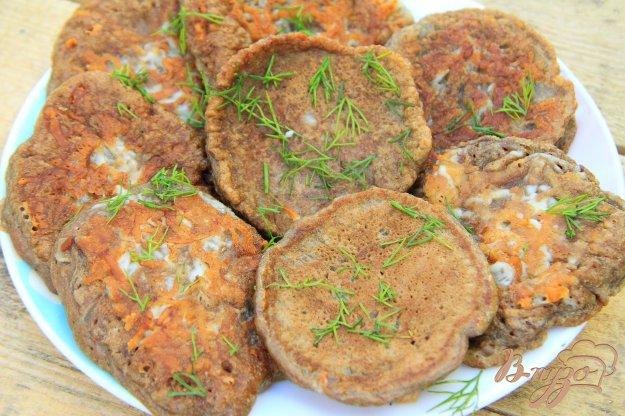 фото рецепта: Печеночные оладьи с припеком