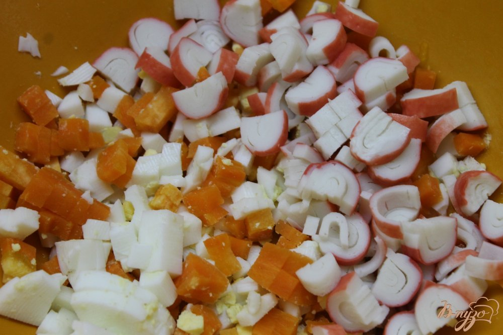 салат из крабовых палочек с кукурузой рецепт с