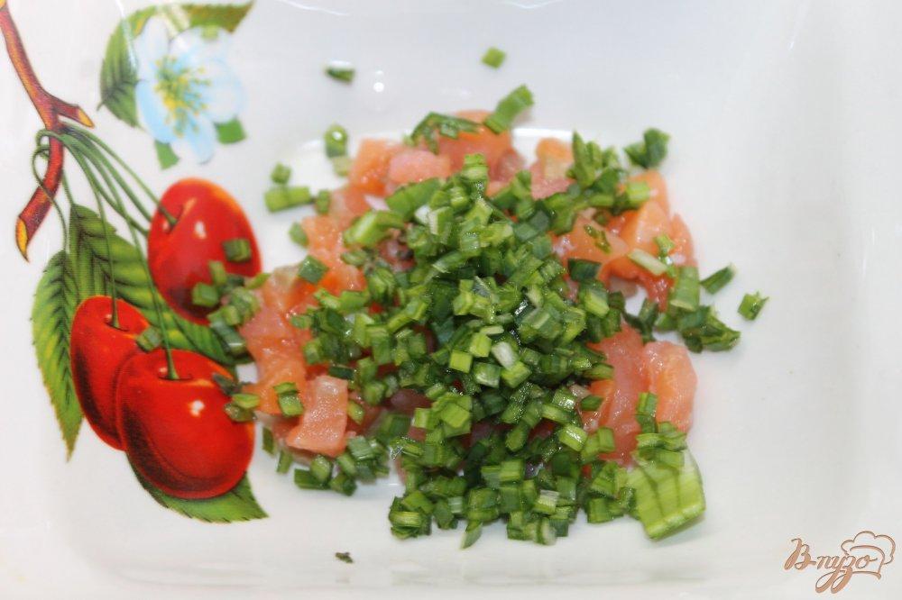 Салат с красной рыбой и помидорами рецепт с очень 176