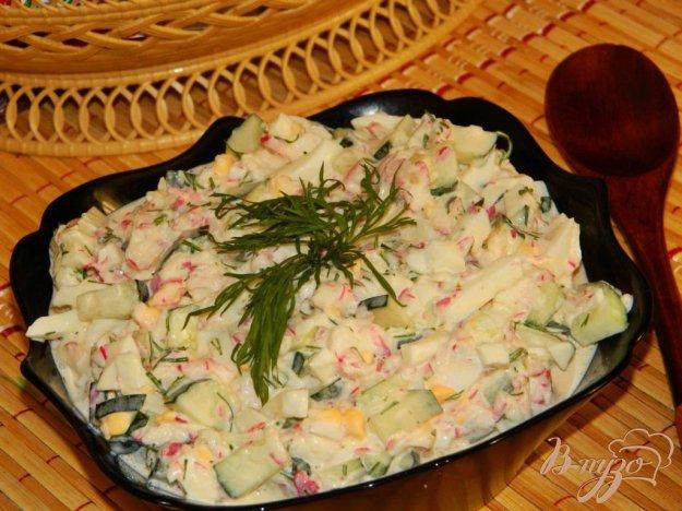 фото рецепта: Салат из редиса с огурцами
