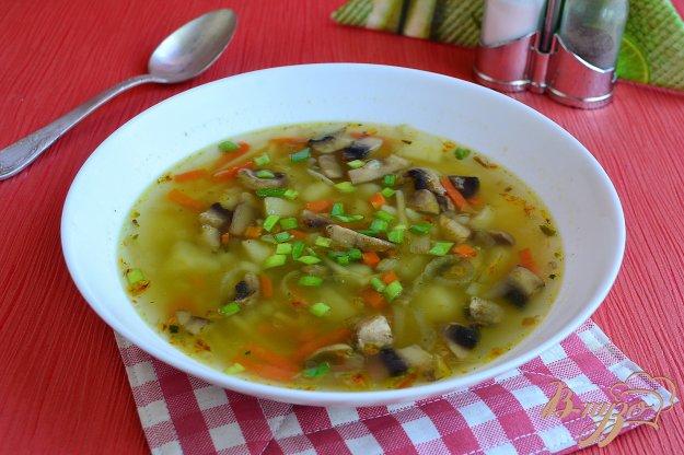 фото рецепта: Картофельный суп с шампиньонами