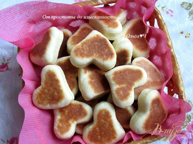 фото рецепта: Белковые пышки на сковороде