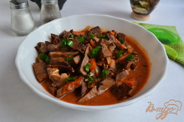 фото рецепта: Свиное сердце в томатно-сметанном соусе