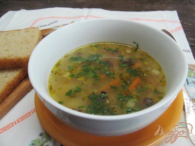 фото рецепта: Суп с пшеном грибами и брокколи
