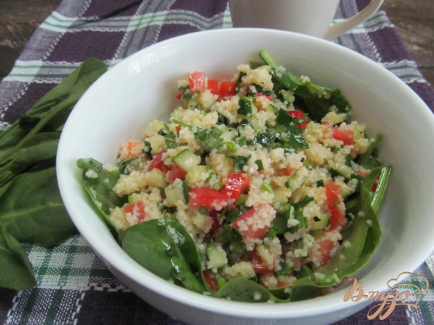 фото рецепта: Кус-кус с овощами и шпинатом