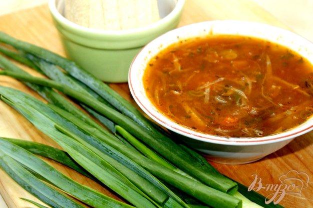 фото рецепта: Борщ с рыбной консервой и фасолью