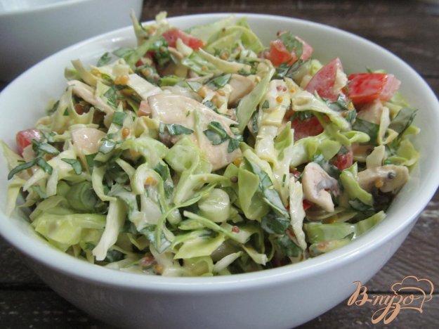 фото рецепта: Овощной салат с мятой и молодым чесноком