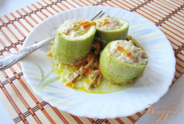 фото рецепта: Фаршированные кабачки с грибами