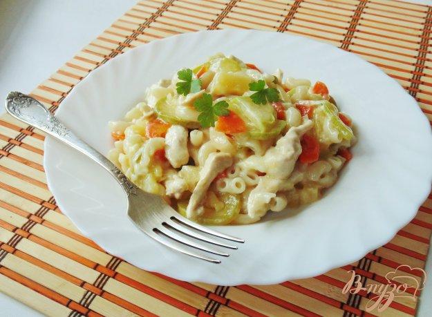 фото рецепта: Рагу из куриного филе с ананасами и овощами
