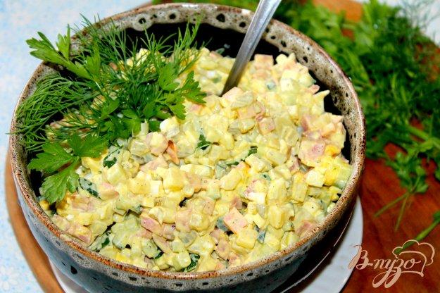 фото рецепта: Оливье с вареной и копченой колбасой