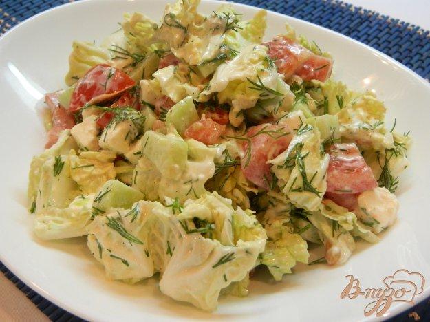 фото рецепта: Салат из пекинской капусты с брынзой