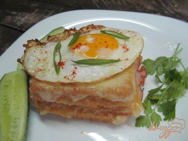 фото рецепта: Сэндвич крок мадам