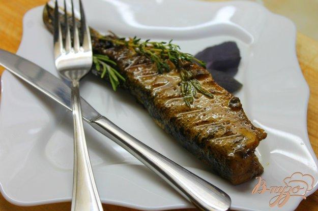 фото рецепта: Жареная щучка с розмарином и тимьяном
