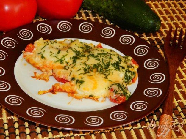 фото рецепта: Омлет с помидорами и сыром