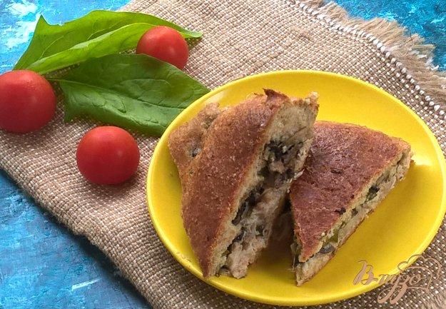 фото рецепта: Пирог без муки с курицей и грибами