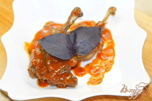фото рецепта: Утиные голени в пряном томатном соусе