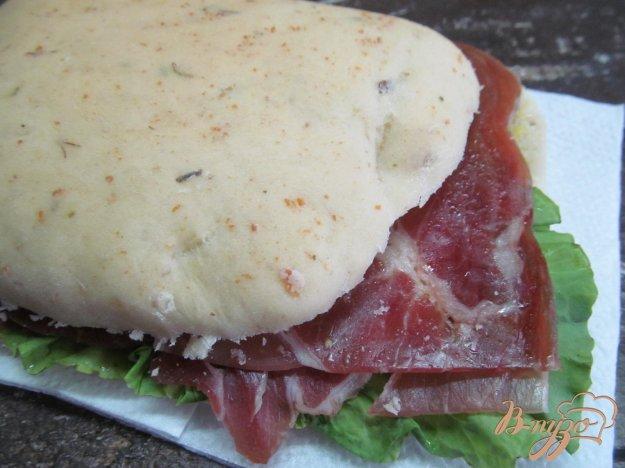 фото рецепта: Ароматный сэндвич с топленым маслом,