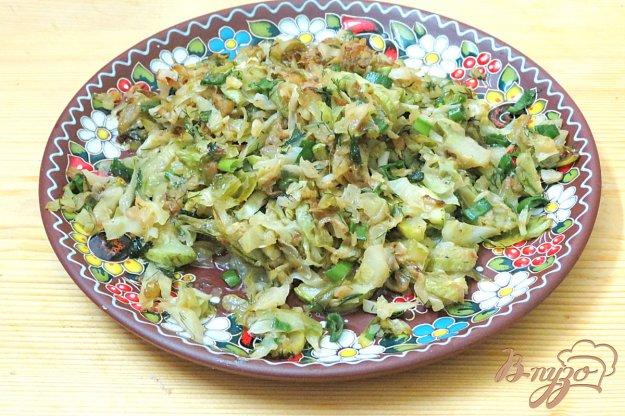 фото рецепта: Гарнир из  молодой капусты и кабачка