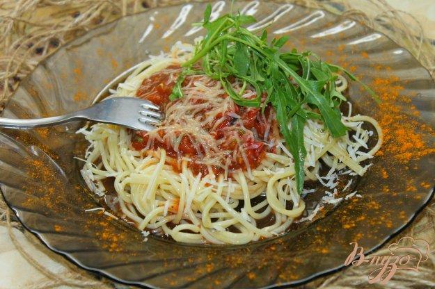фото рецепта: Спагетти с помидорами и томатным соусом