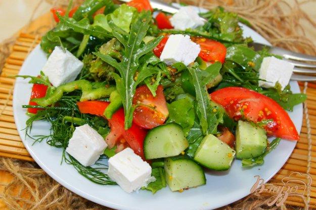 фото рецепта: Свежий салат с овощами и брынзой