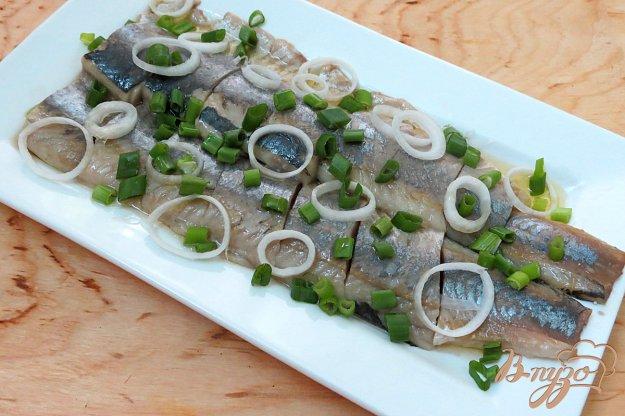фото рецепта: Засолка сельди со вкусом копчёностей