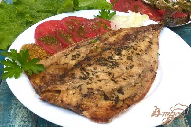 фото рецепта: Скумбрия запеченная с базиликом и чесноком