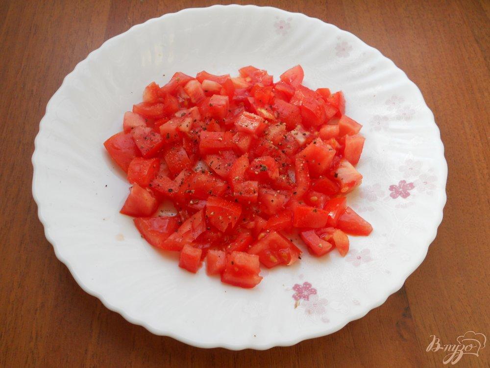 Слоеный салат из помидоров рецепт с