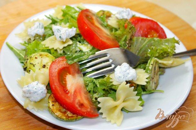 фото рецепта: Салат с кабачками гриль и