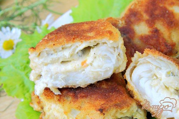 фото рецепта: Рулеты с сыром из филе минтая