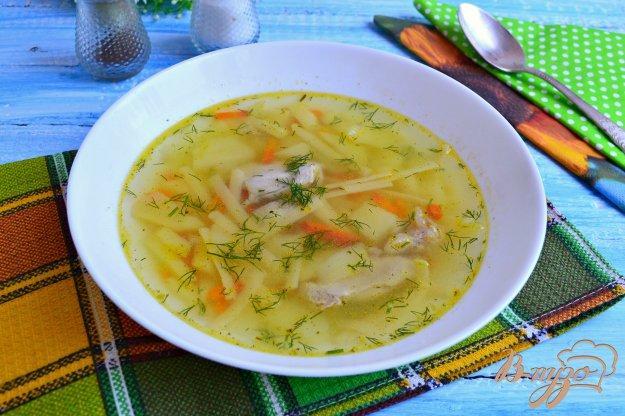 фото рецепта: Легкий куриный суп с лапшой