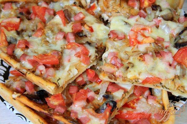 фото рецепта: Быстрая пицца на бездрожжевом тесте