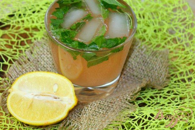 фото рецепта: Цитрусовый лимонад с мятными листьями