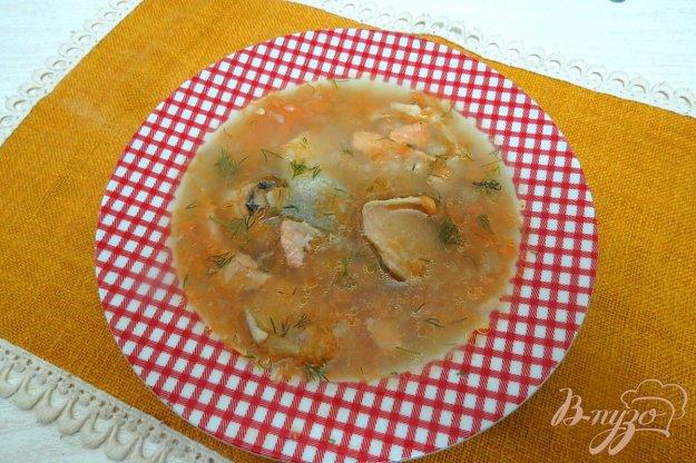 фото рецепта: Суп пюре из тыквы и брюшек и головы лосося