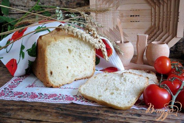 фото рецепта: Хлеб с вялеными помидорами