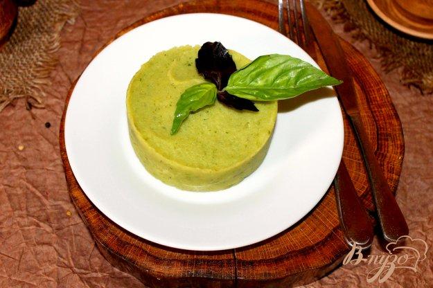 фото рецепта: Картофельное пюре с соусом Песто