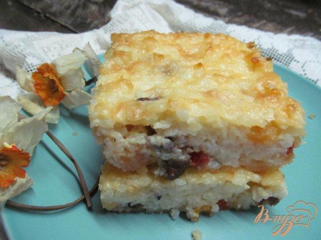 фото рецепта: Рисовый пудинг с творогом и сухофруктами