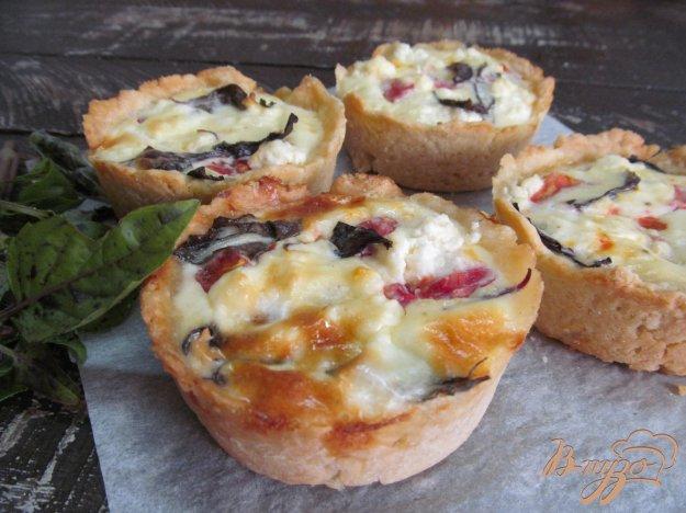 фото рецепта: Пирожки с помидором и твогом