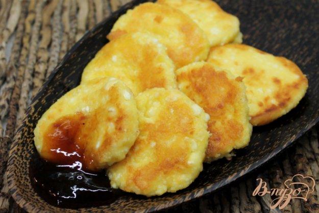 фото рецепта: Ванильные сырники на желтках