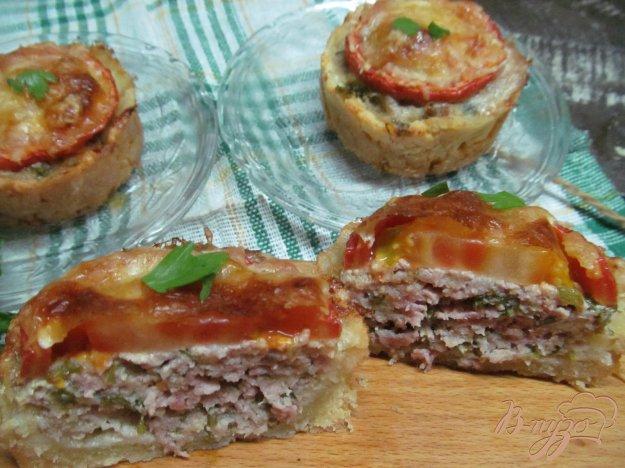 фото рецепта: Пирожки с мясом под сырной корочкой
