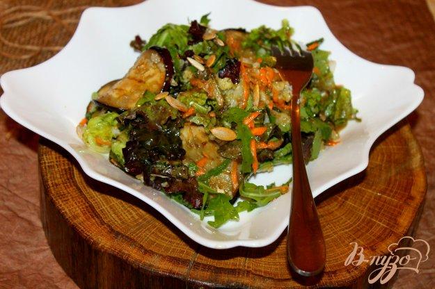 фото рецепта: Салат с баклажанами и отварной цветной капустой