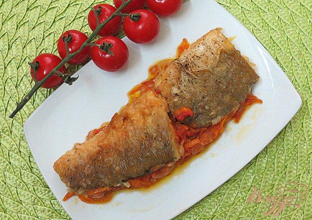 фото рецепта: Хек на овощной подушке
