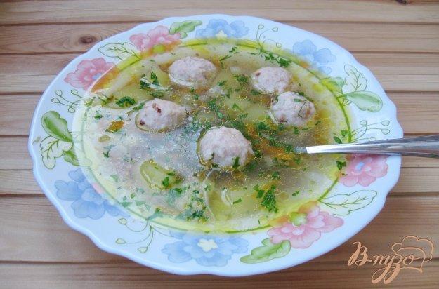 фото рецепта: Гречневый суп с куриными фрикадельками