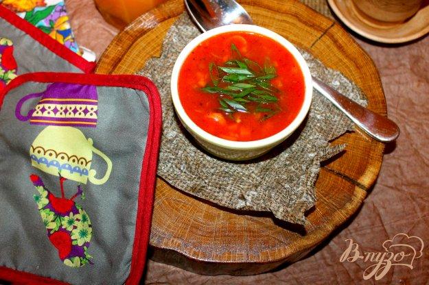 фото рецепта: Фасолевый томатный суп с сосисками