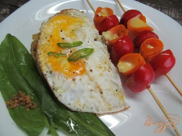 фото рецепта: Шашлычки с яйцом на завтрак