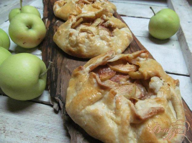 фото рецепта: Яблочная галета с корицей