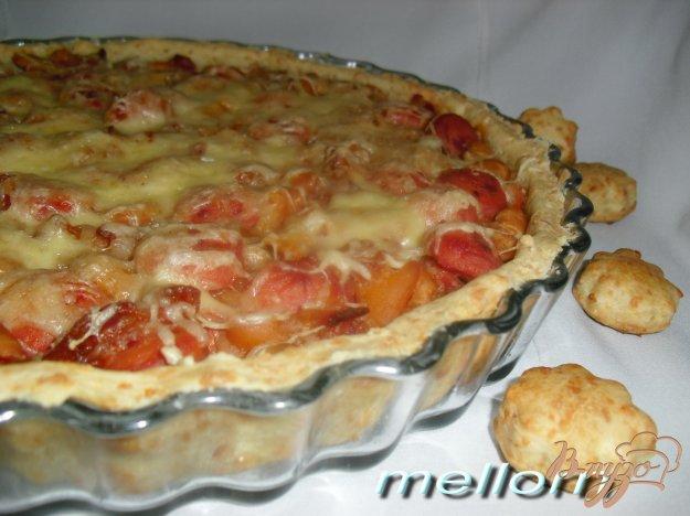 фото рецепта: Сырный пирог с фасолью и беконом